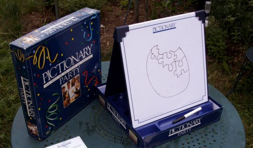 Pictionary party