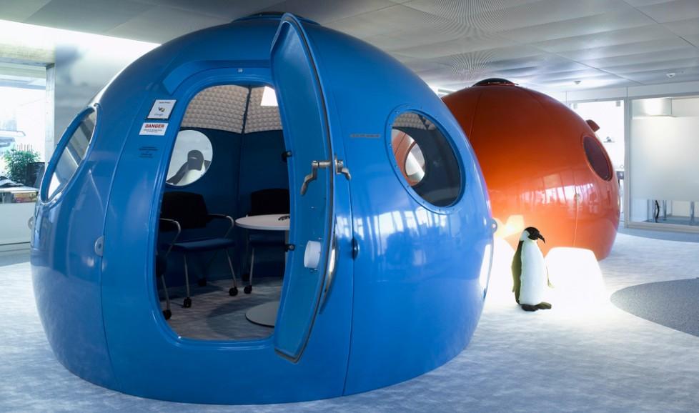 Tiny meeting room