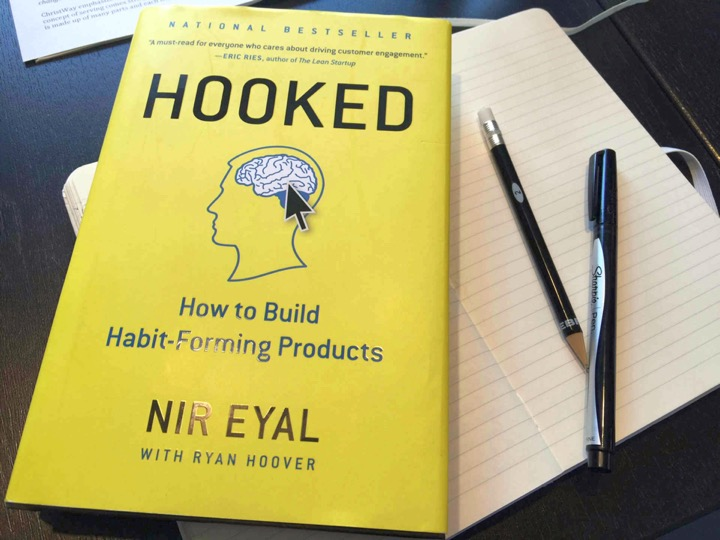 Picture of Hooked - How to build habit-forming products by Nir Eyal